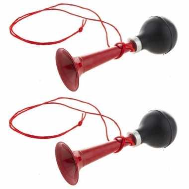 2x stuks rode metalen fiets/sport lucht toeters 19 cm