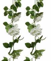 2x stuks witte bloemen kunstplanten slingers bloemenslingers 170 cm